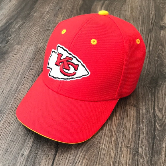 3e8b1a26 NWT- Kansas City Chiefs Hat NWT